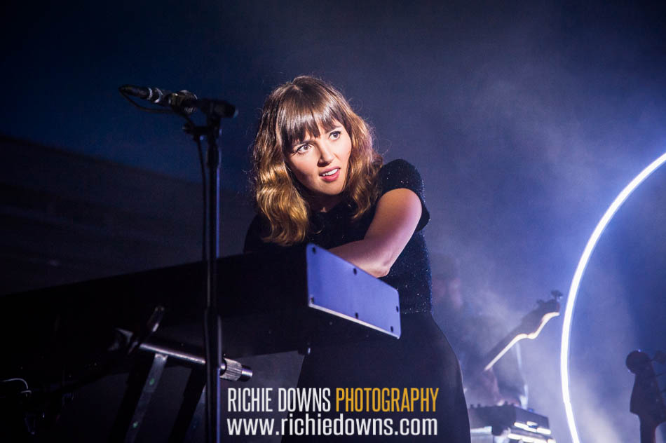 Oh Wonder performs at 930 Club in Washington,, DC on June 21, 2016 (Photo by Richie Downs).
